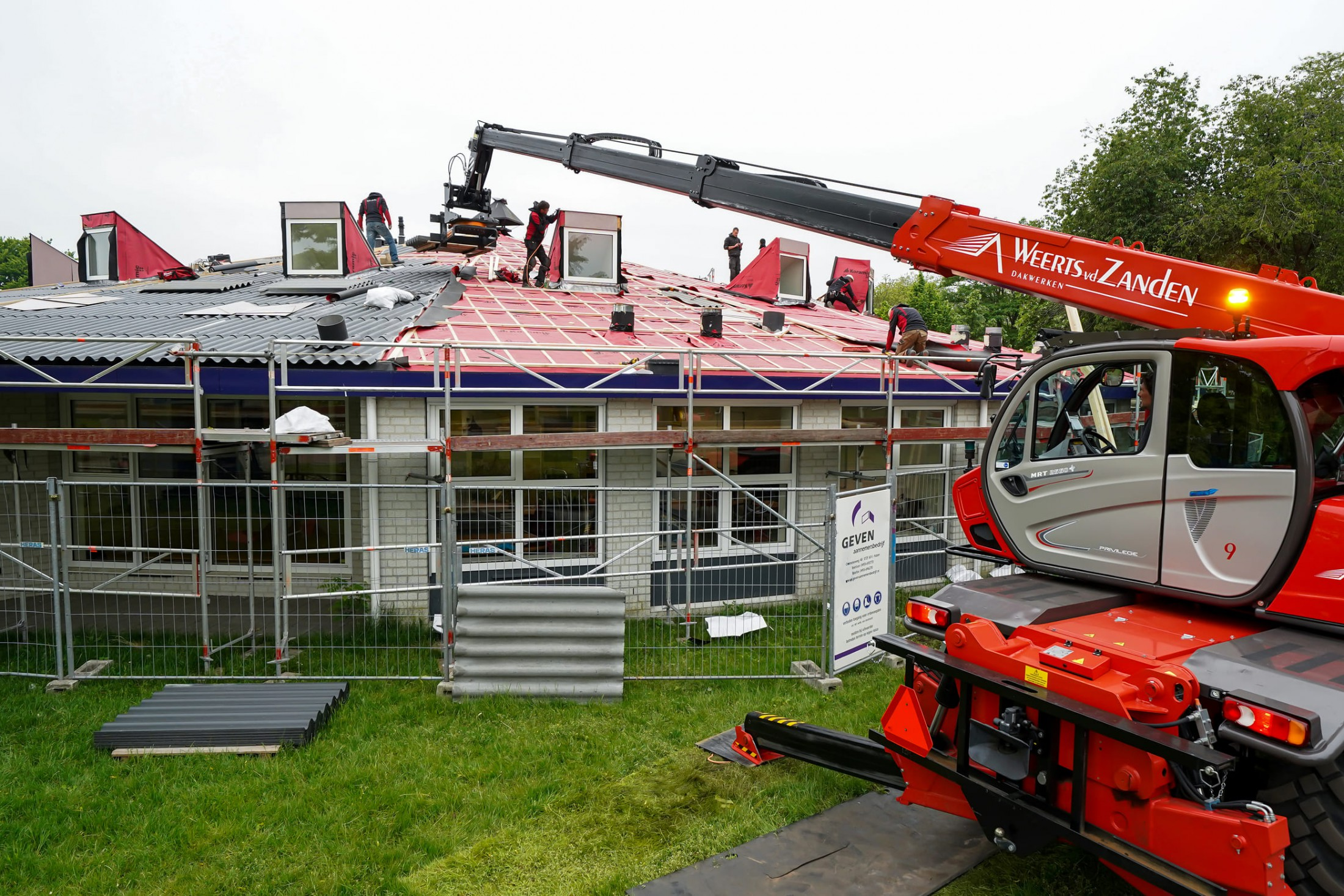 DakVervanging schoolgebouw in Deurne